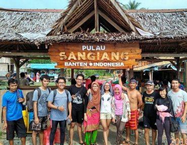 Open Trip Pulau Sangiang 2D1N