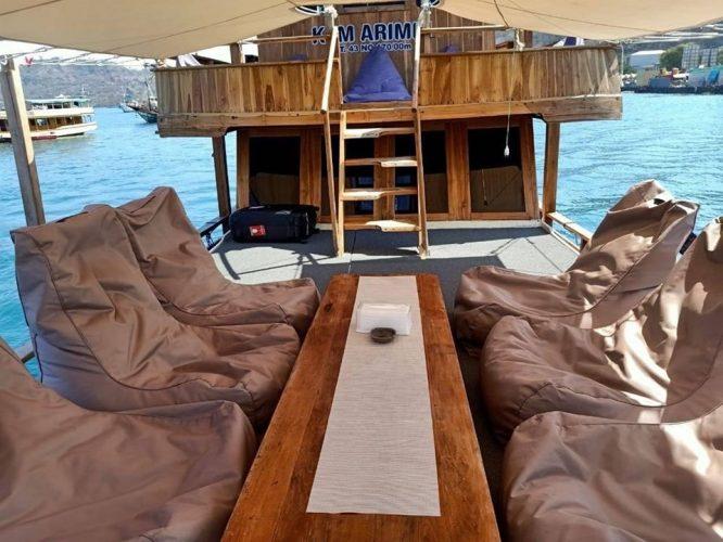 kapal arimbi private trip komodo 004