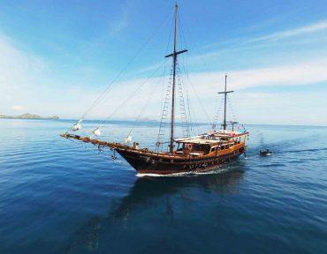 sewa kapal nataraja liveaboard 001