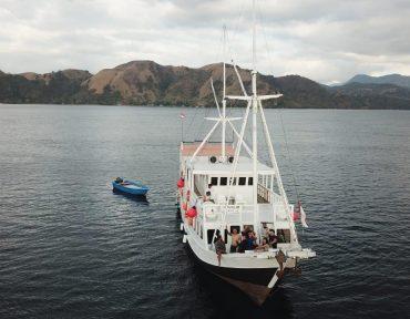 sewa kapal rafida liveaboard 001